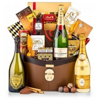 A Royal New Year Champagne Gift Basket