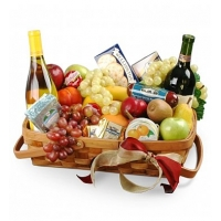 Gourmet Fruit Basket with Wine