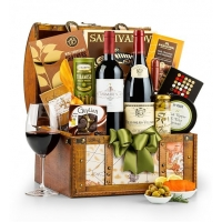 Around the World Holiday Wine Chest